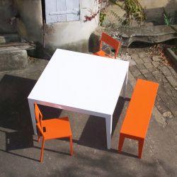 Table carrée ZEF Matière Grise